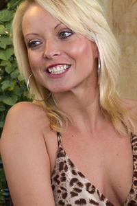 Picture of Jana Cova