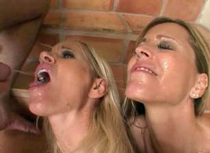 Sexy nurse gives blowjob