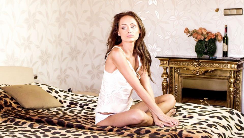Quiet Awakening – Sophie Lynx