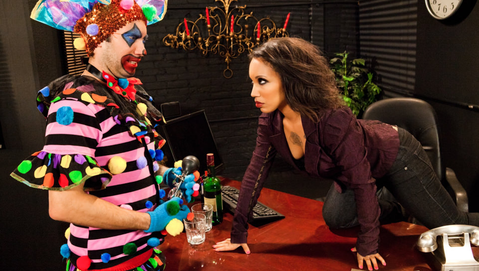 What A Clown – Twix