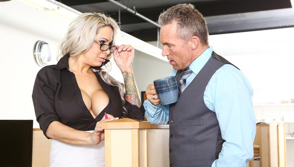 Big Tit Office Chicks – Alyssa Lynn