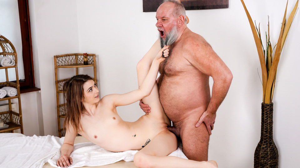 Let Grandpa Massage You – Tera Link