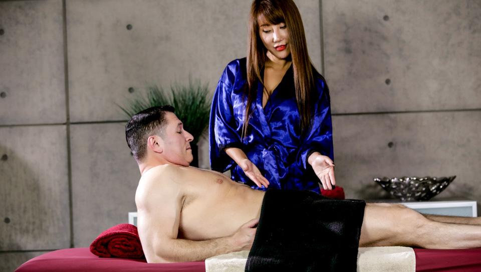 Asian Strip Mall Massage #04, Scene #01