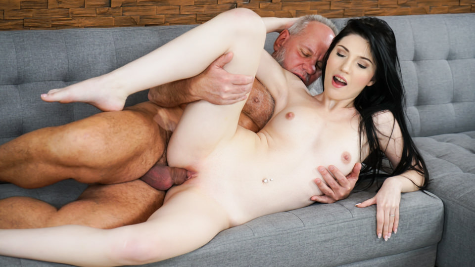 Mr. Creamy – Mia Evans