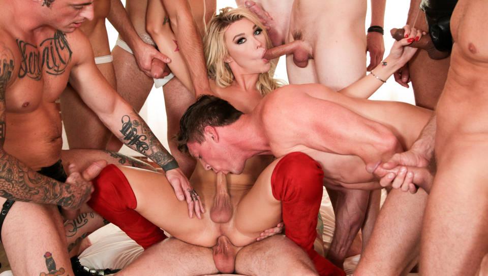 TS Aubrey Kate + 9 Hung Orgy Studs