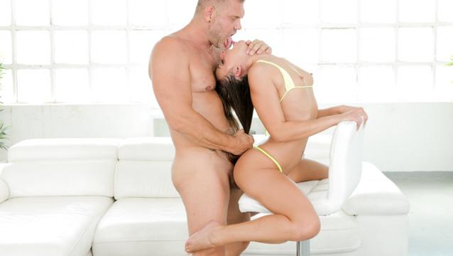 Bikini Beauty Amirah's Huge Cock Fuck